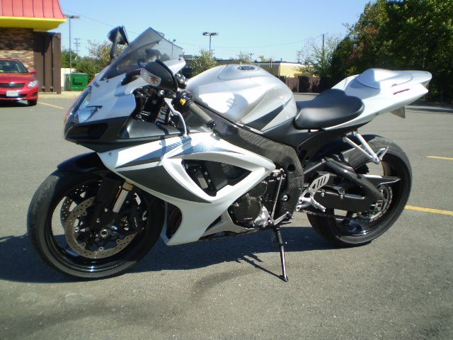 2007 suzuki gsxr 750 only 5 800 forums. Black Bedroom Furniture Sets. Home Design Ideas
